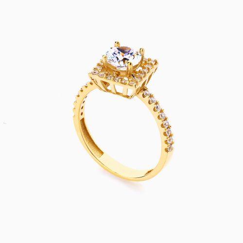 انگشتر طلا 18 عیار زنانه سولیتر نگین دار اتمی مدل پایه مربعی کد RG0185