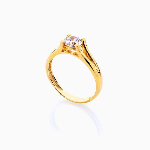 انگشتر طلا 18 عیار زنانه سولیتر نگین دار اتمی مدل پایه چنگکی ساده کد RG0202