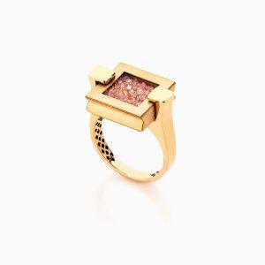 انگشتر طلا 18 عیار زنانه اسپورت با نگین اتمی مدل مکعب کد RG0321