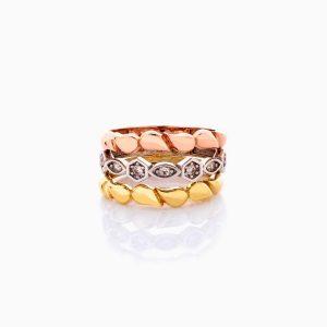 انگشتر طلا 18 عیار زنانه با نگین اتمی مدل موج دار کد RG0438